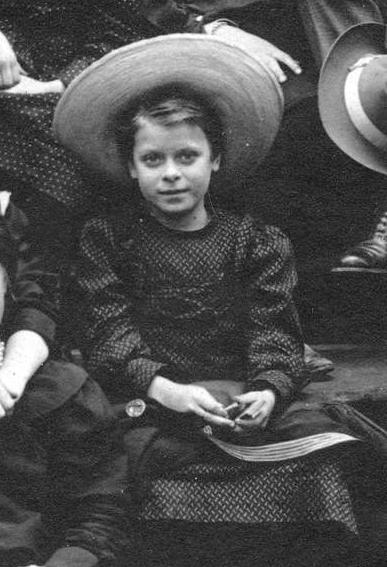 Daphne Pollard 1905