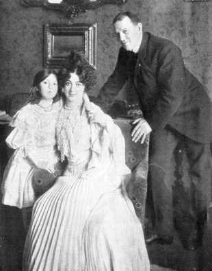 saharet ike and daughter
