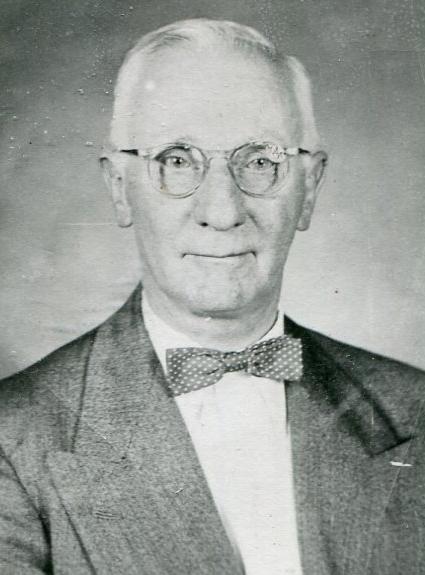 Reg Appleford passport photo c 1950s