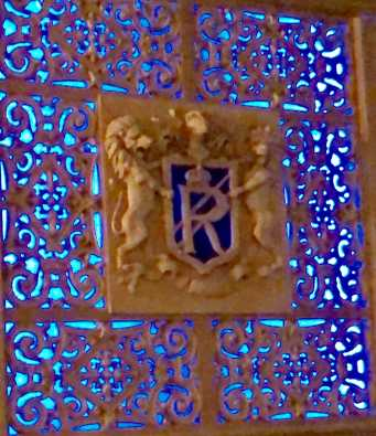 Above: The ornamental plaster work of the Regent was the work of Jim Lyall.
